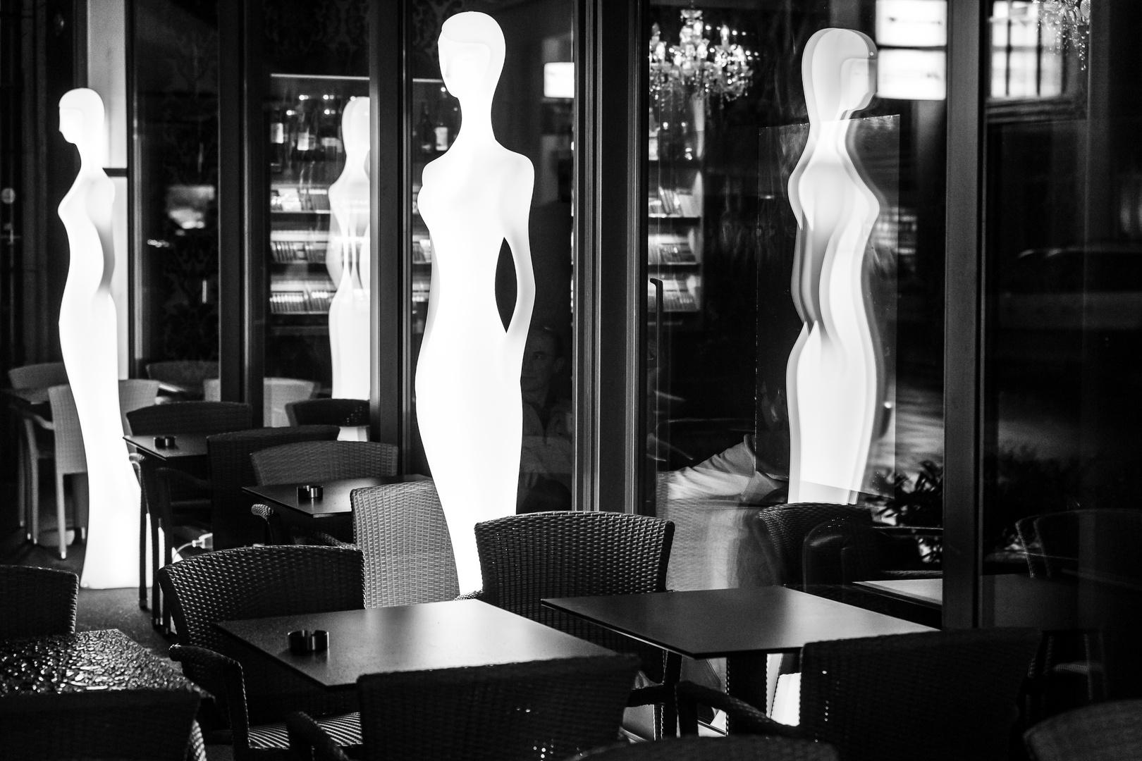Virtual guests at the Bar.