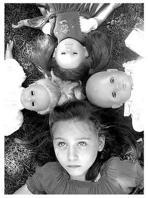 Visages de poupées