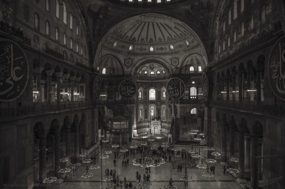 Vista general Ayasofya Museo Santa Sofia (Estambul Turquía) SELENIO2