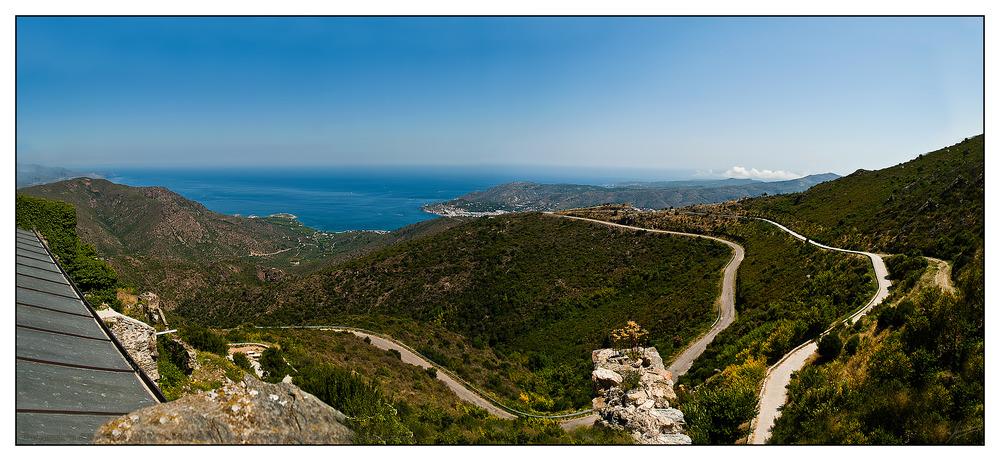 Vista panorámica de El Port de la Selva desde el Monasterio de Sant Pere de Rodes