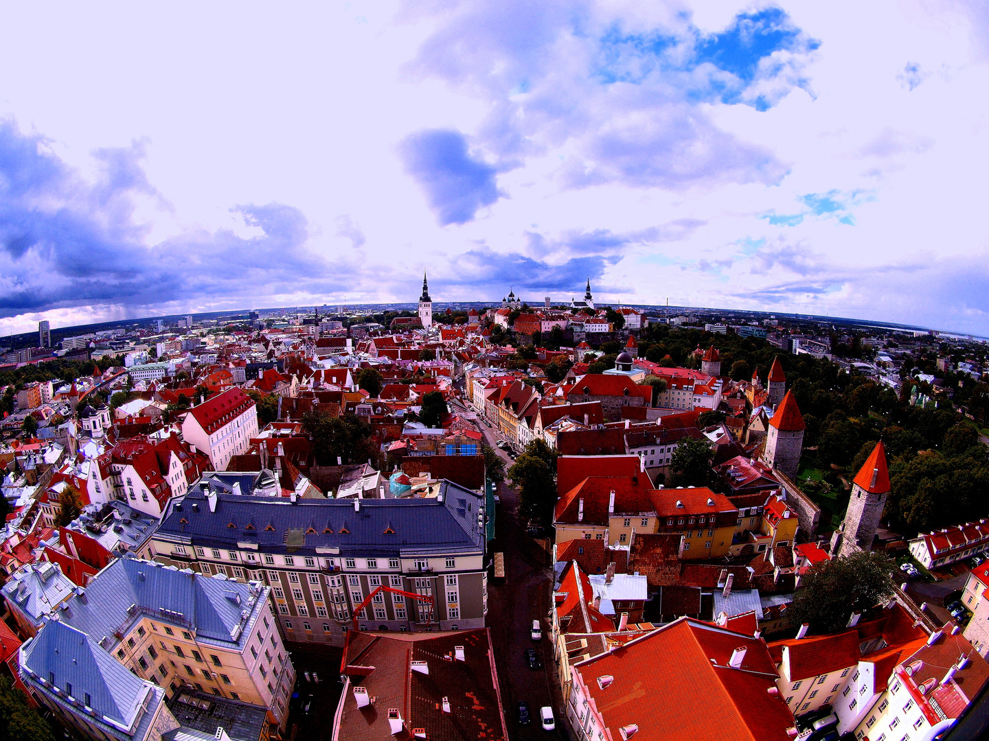 VISTA PANORAMICA DEL CASCO ANTIGUO DE TALLIN.