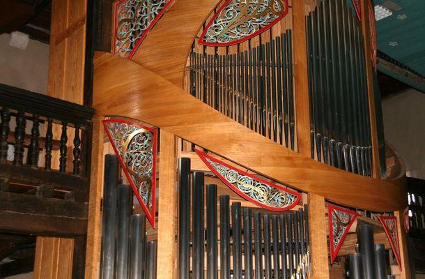 Vista parcial del órgano de la iglesia de Urrugne/Urruña (País Vasco francés)