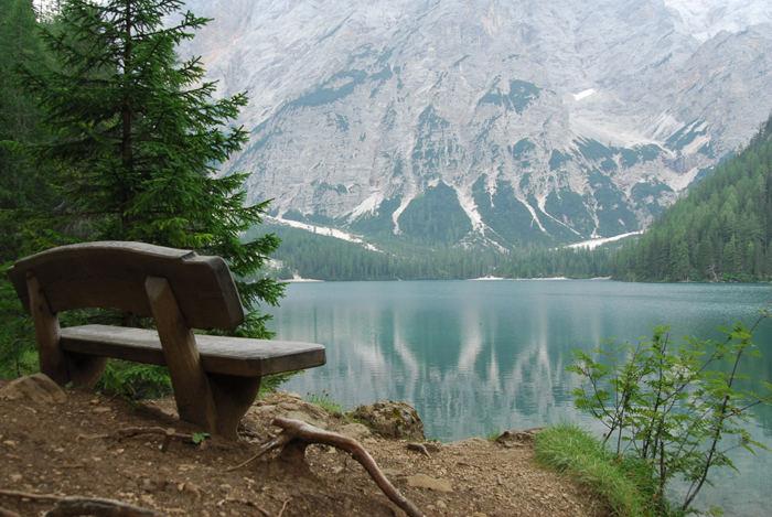 Vista sul lago di Braies