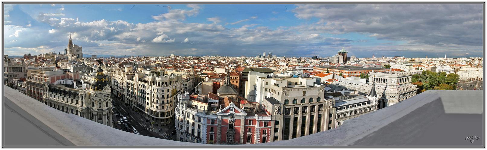 Vistas de Madrid desde el Circulo de Bellas Artes. Panoramica (18 Img). GKM5-I