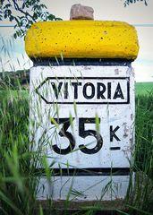 Vitoria-Gasteiz 35 km