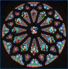 Vitrail du transept de l'Eglise Notre-Dame à Nérac
