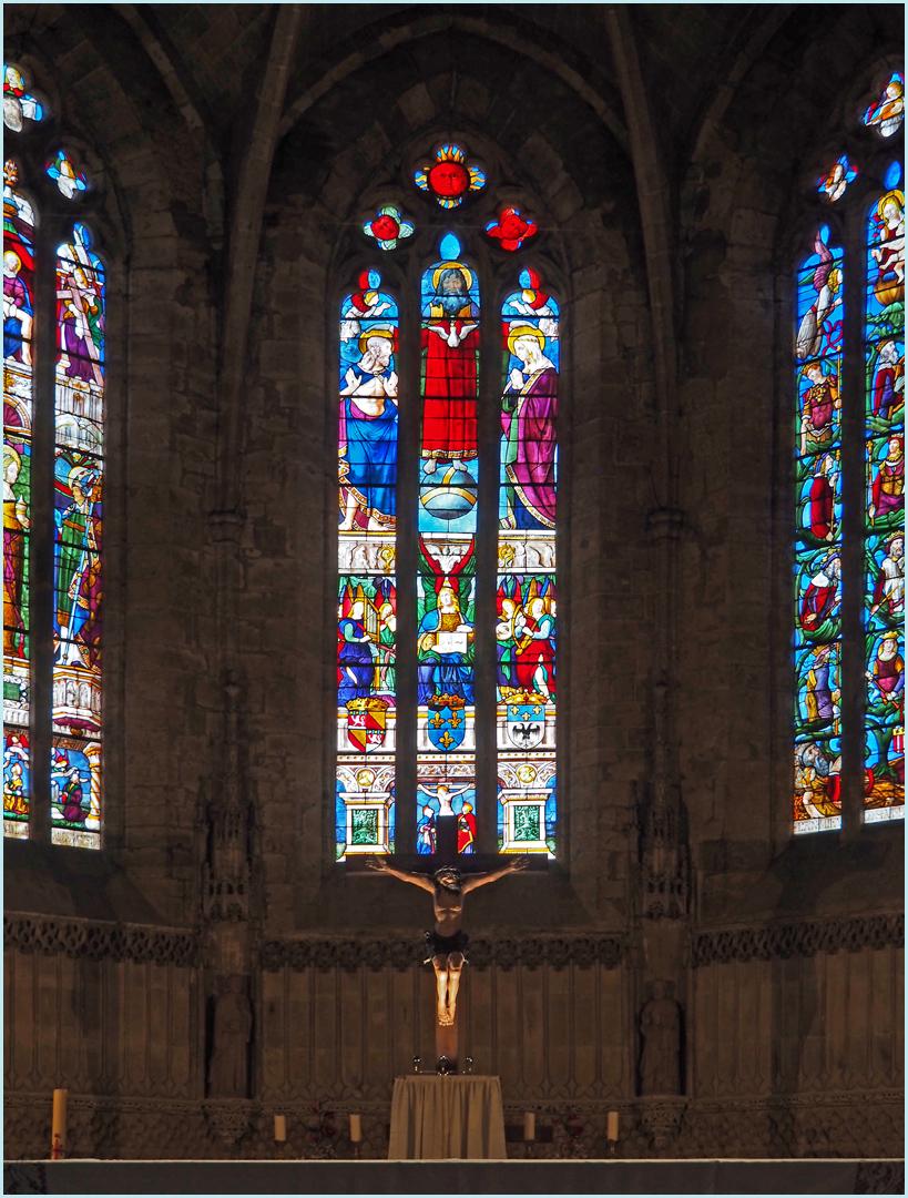 Vitraux du chœur de l'Eglise Saint-Laurent de Fleurance