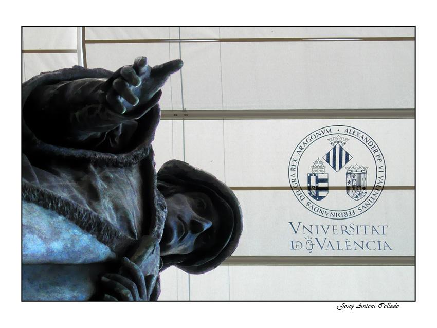 Vniversitat D València