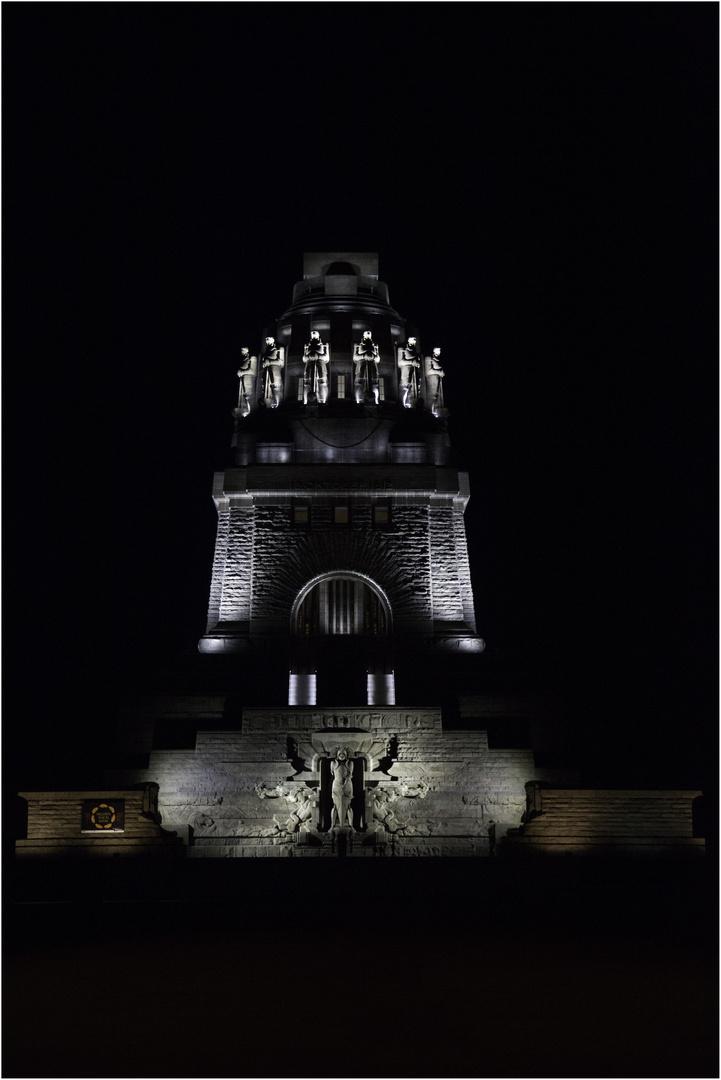 Völkerschlachtdenkmal at Night