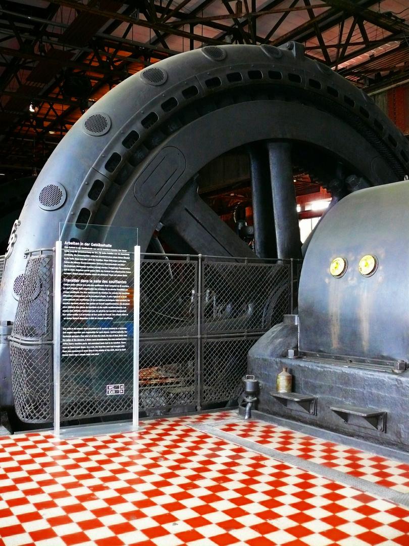 Völklinger Hütte - Gebläsenemaschine.