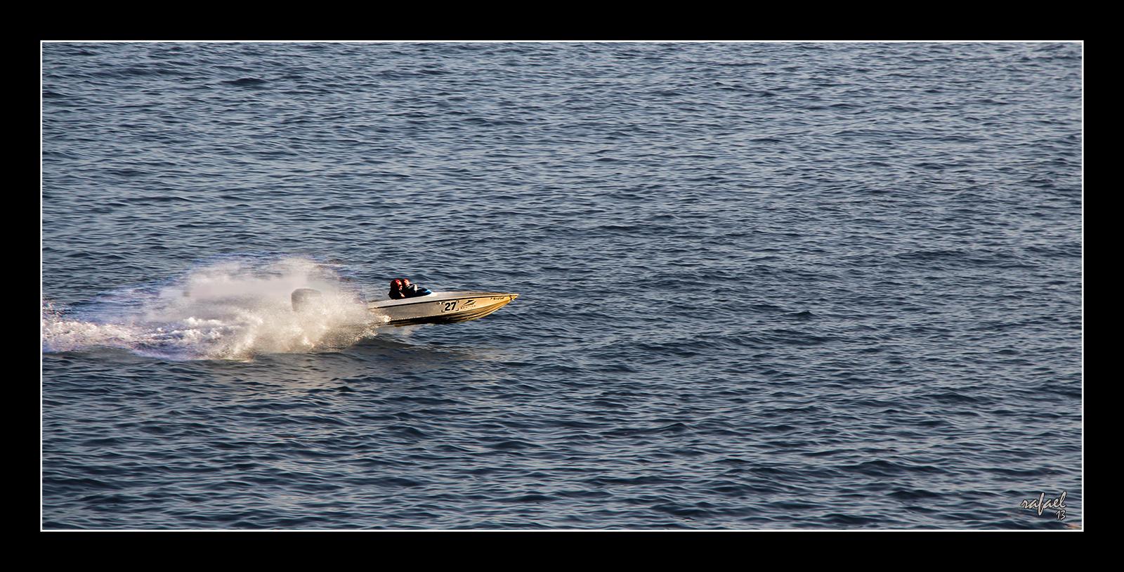Volando sobre el agua