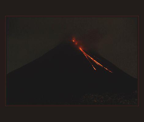 Volcano Arenal, aktiv