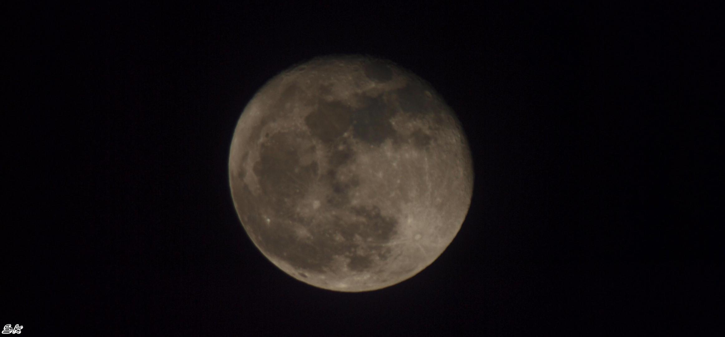 Voll der volle Mond.
