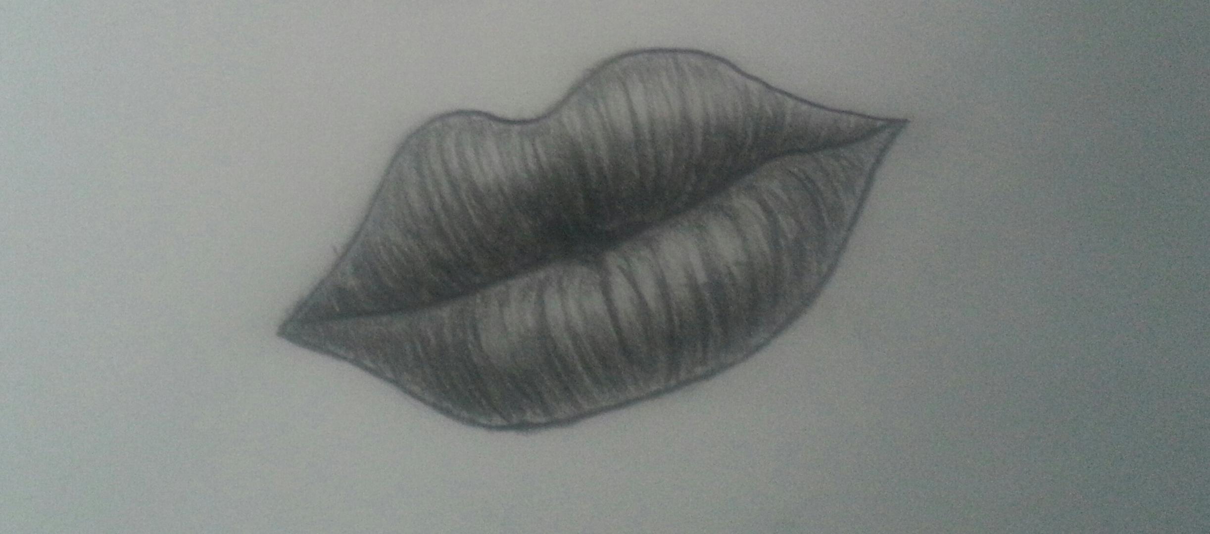 volle Lippen..