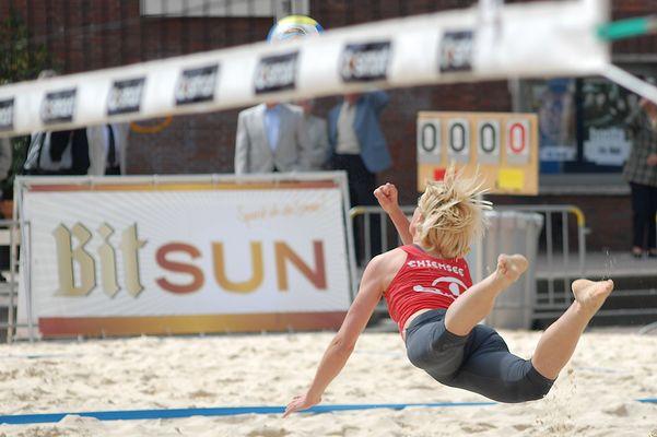 Volleyballerin beim Beach-Masters