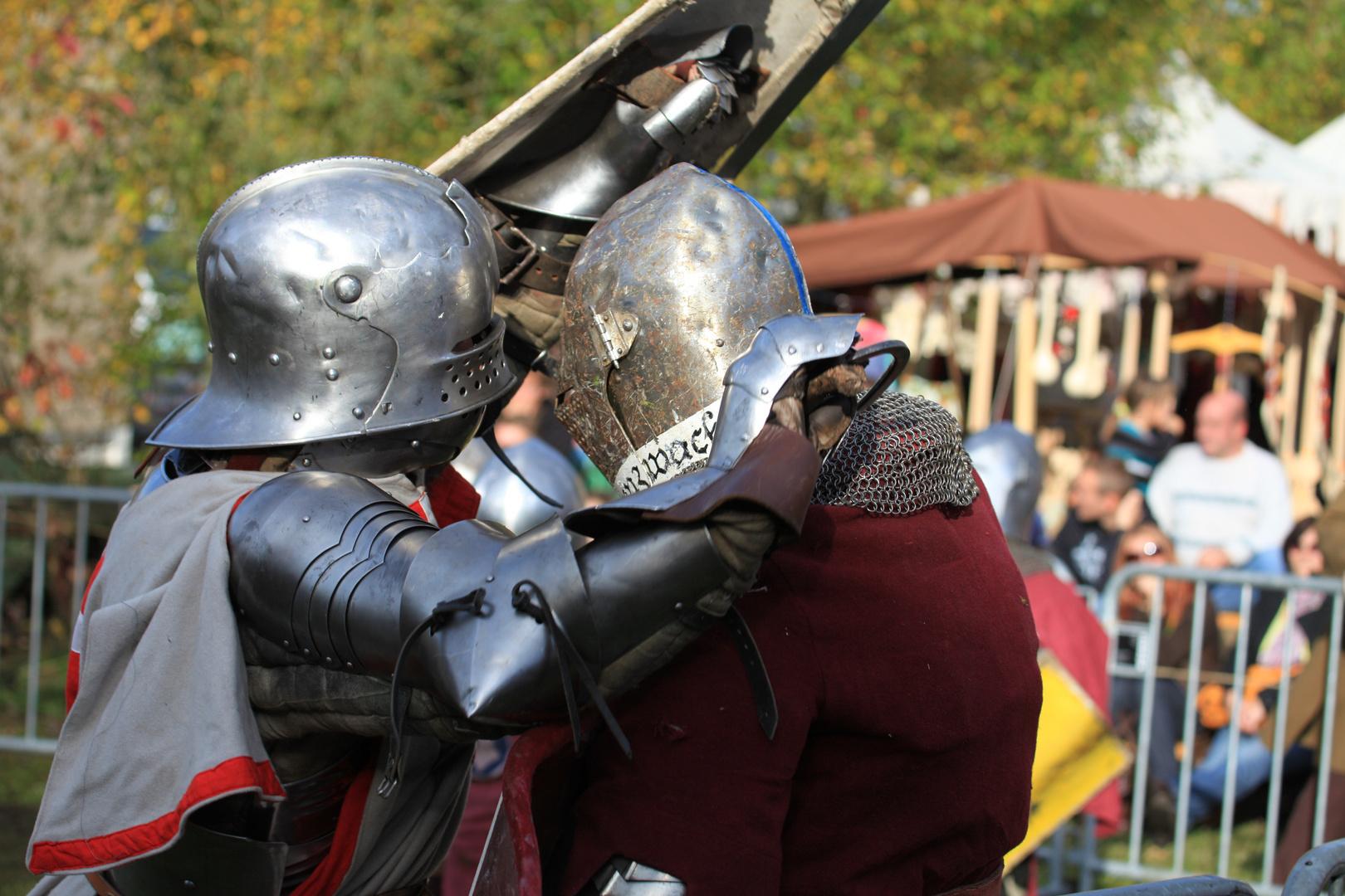 Vollkontaktkampf in historischer Rüstung4