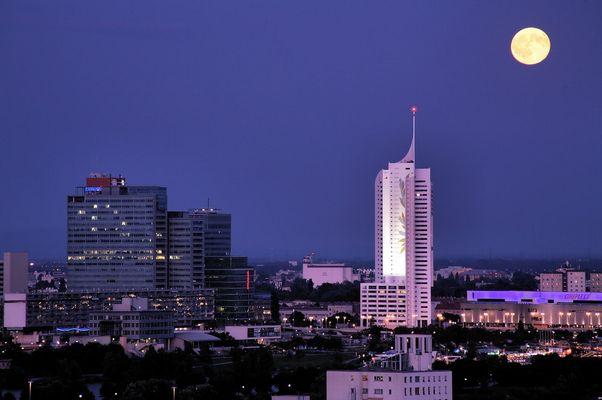 Vollmond über Wien