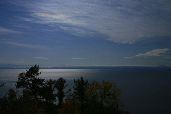 Vollmond überm Baikalsee