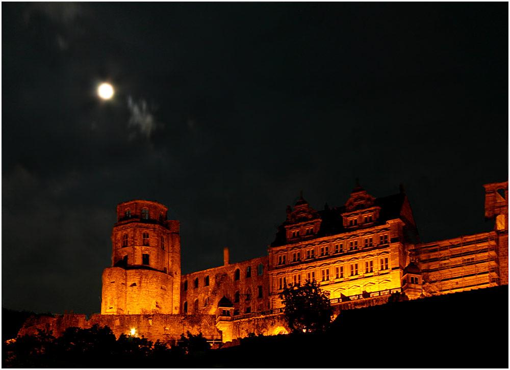 Vollmond über´m Schloss Heidelberg ...