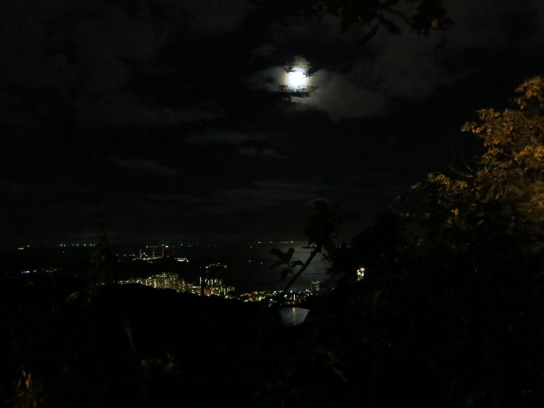 Vollmondnacht in HongKong