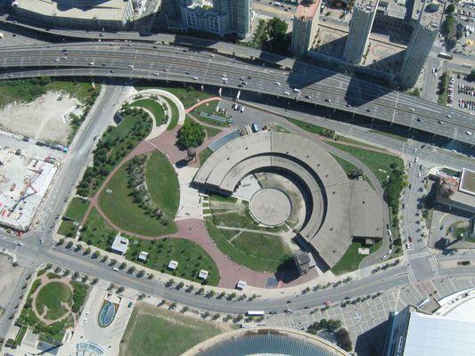 Vom CN Tower aus 447m Höhe