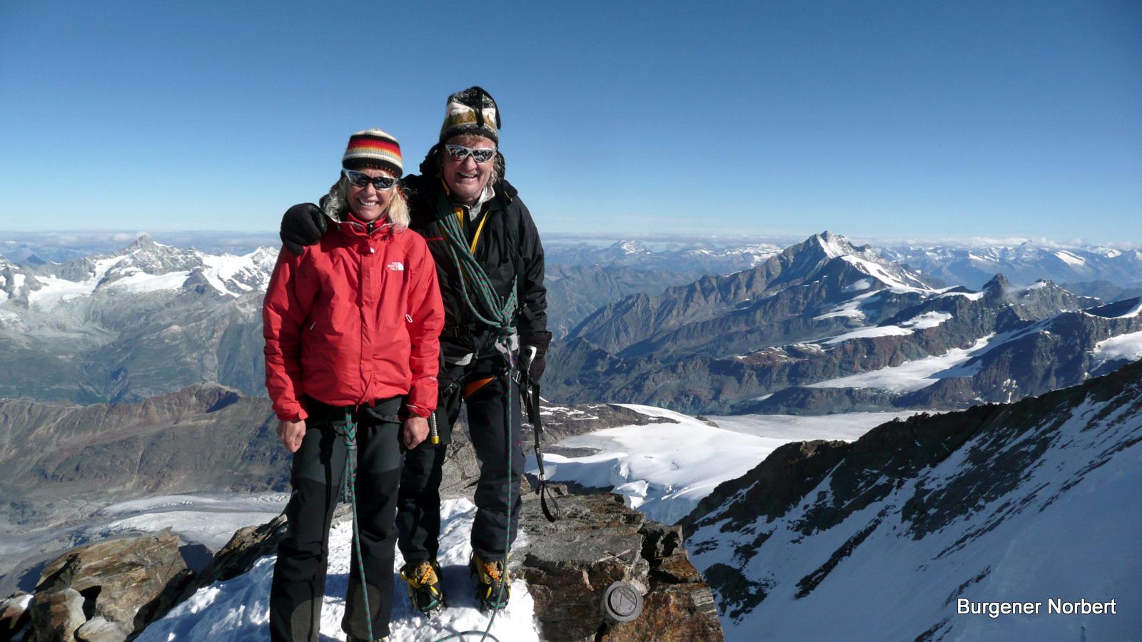 Vom Dach der Schweiz wünschen Tina & ich allen Freunden nur das Allerbeste im Jahr 2011