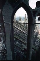 Vom Kölner Dom in 45 m Höhe (Südseite) Richtung Hohenzollernbrücke fotografiert.