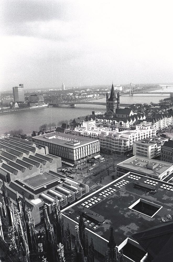 Vom Vierungsturm bei Tag, St.Martin + Deutzer Brücke (1986)