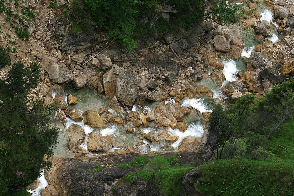 Vom Wasserfall zum Bächlein