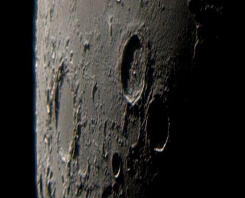 Von der Erde zum Mond und zurück