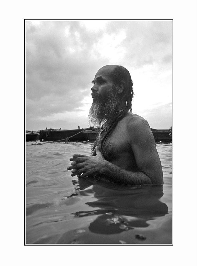 Von letzten Atemzügen entseelter Kameras und einem freundlichen Herrn im Bade