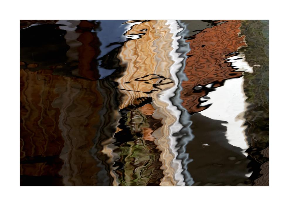 Von Wellen gespiegelt