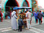 Vor dem ägyptischen Basar in Istanbul