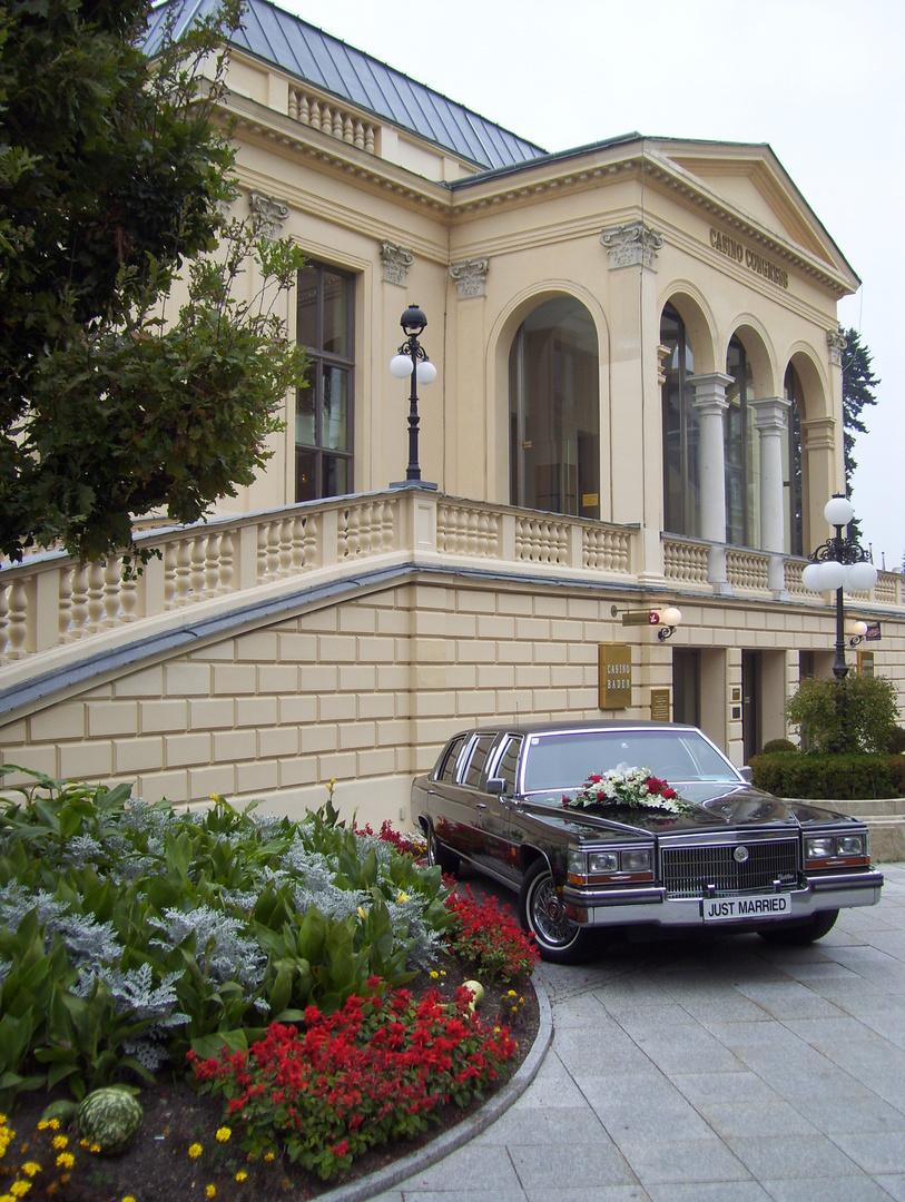 Vor dem Casino Baden bei Wien