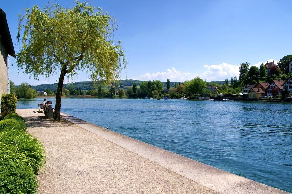 Vor dem Rheintörlein in Stein am Rhein