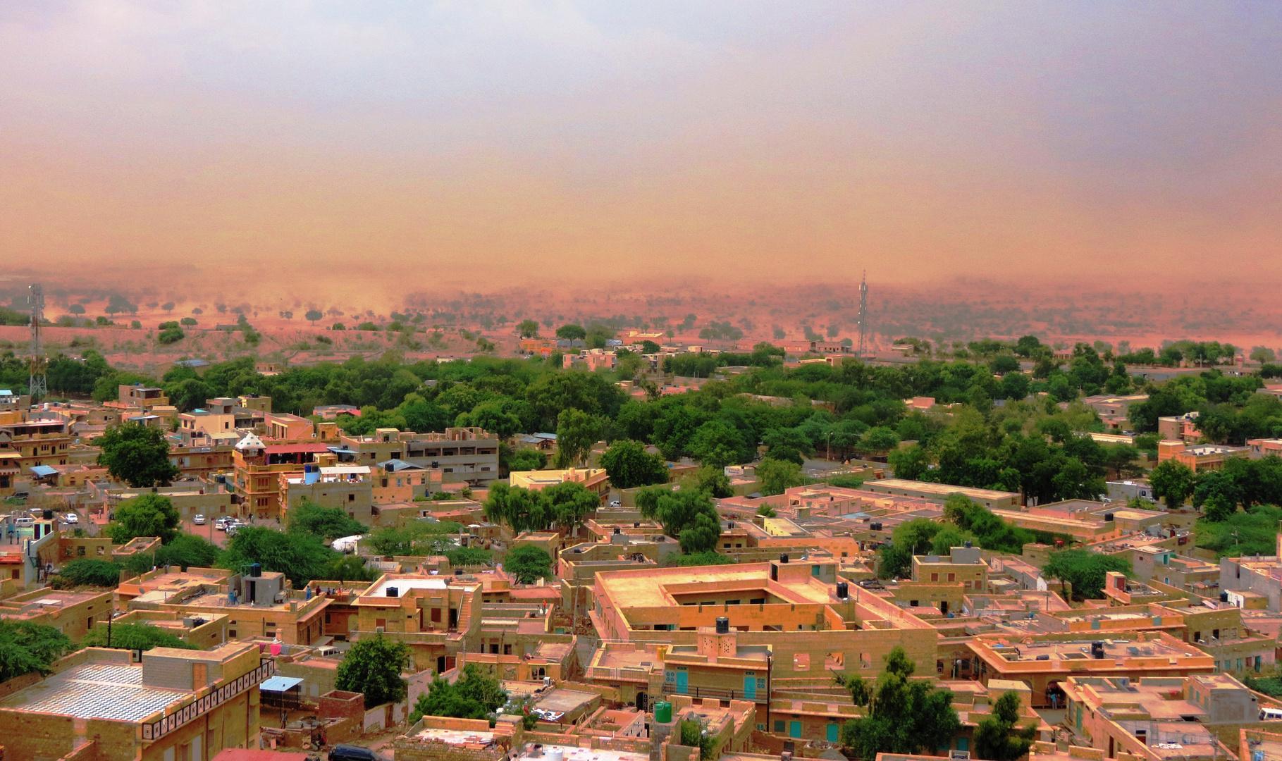Vor dem Sandsturm