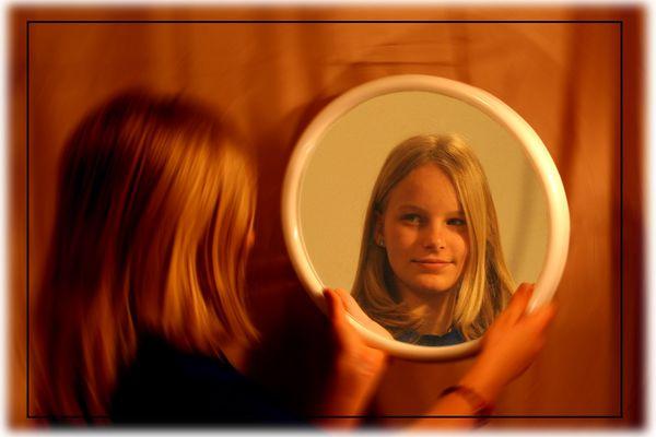 Vor dem Spiegel II