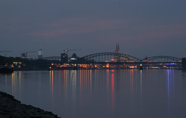 Vor den Kölner Lichtern