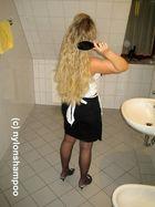 Vor der Haarwäsche