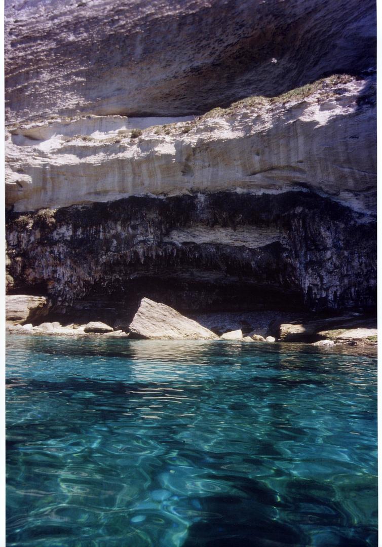 Vor der Küste von Korsika von unserem Kajak aus