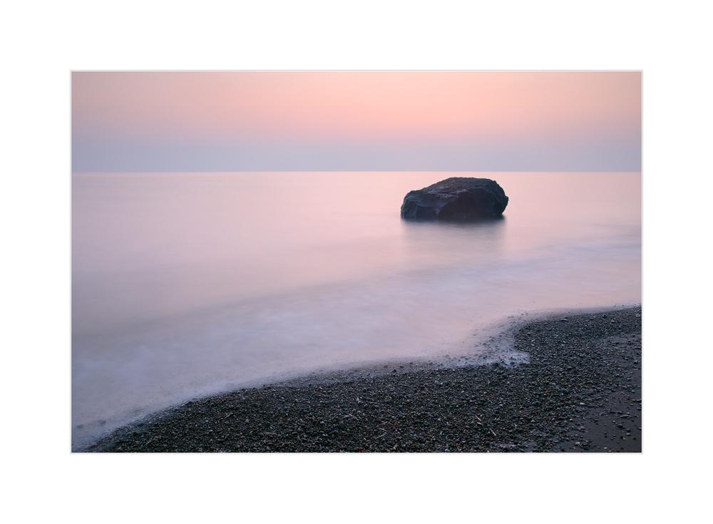 vor Sonnenaufgang am Mittelmeer
