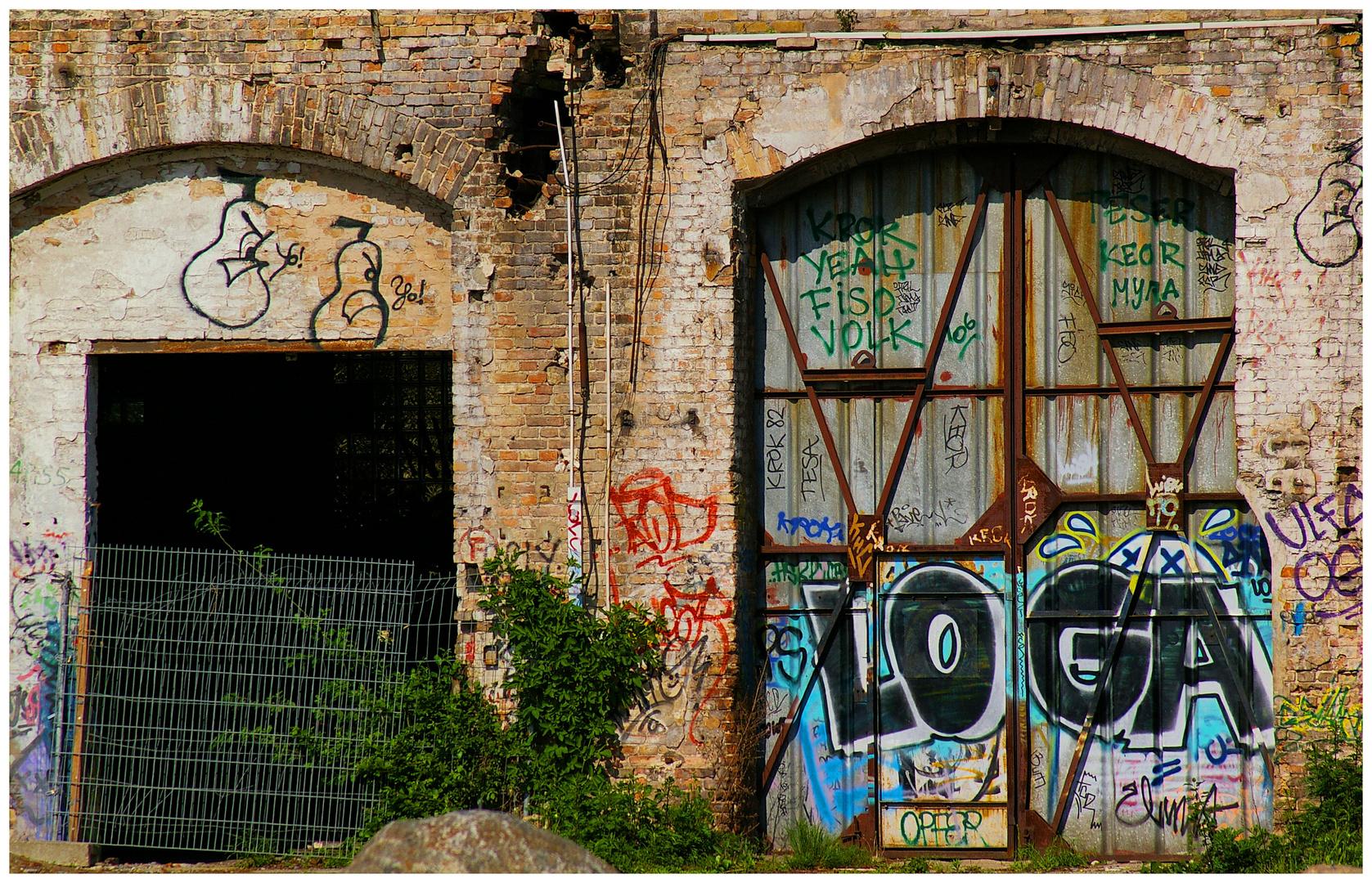 Vor verschlossenen Türen