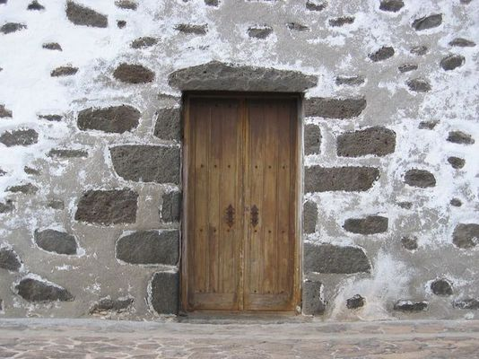 Vor verschlossener Tür...