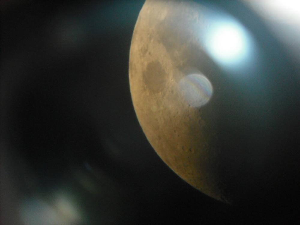 Vorbeiflug am Mond
