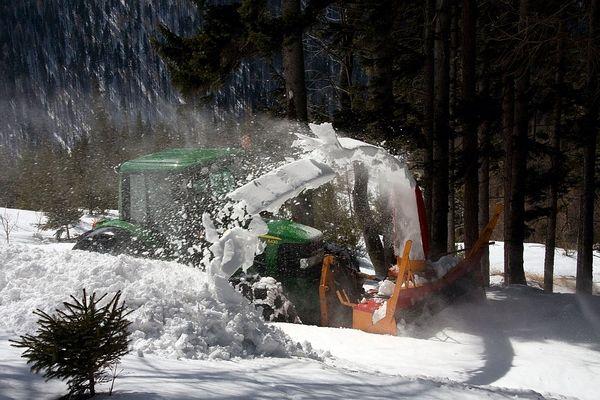 Vorbereitung für den Saisonstart der Schneebergbahn
