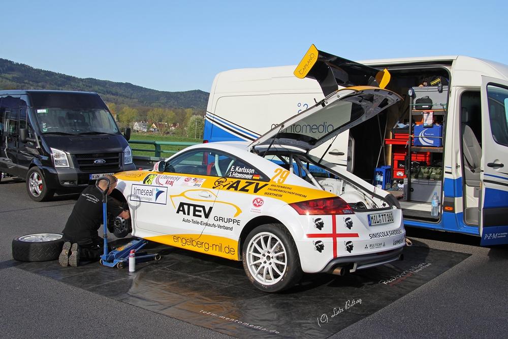 Vorbereitungen am Audi TT