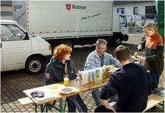 Vorbereitungen zum Hilfstransport