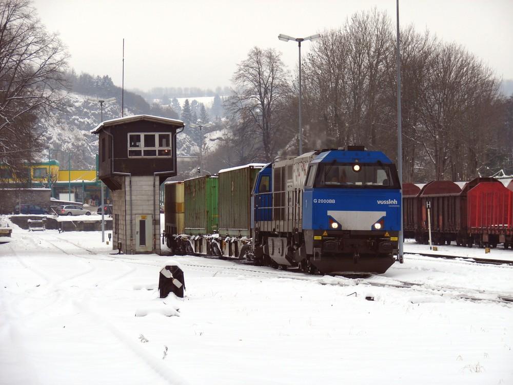 """Vossloh G 2000 mit dem """"Warsteiner""""-Zug"""