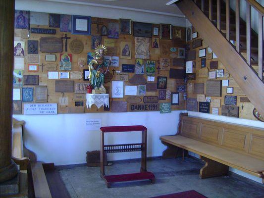 Votivtafeln in der Ohmenkapelle in St. Märgen / Schwarzwald