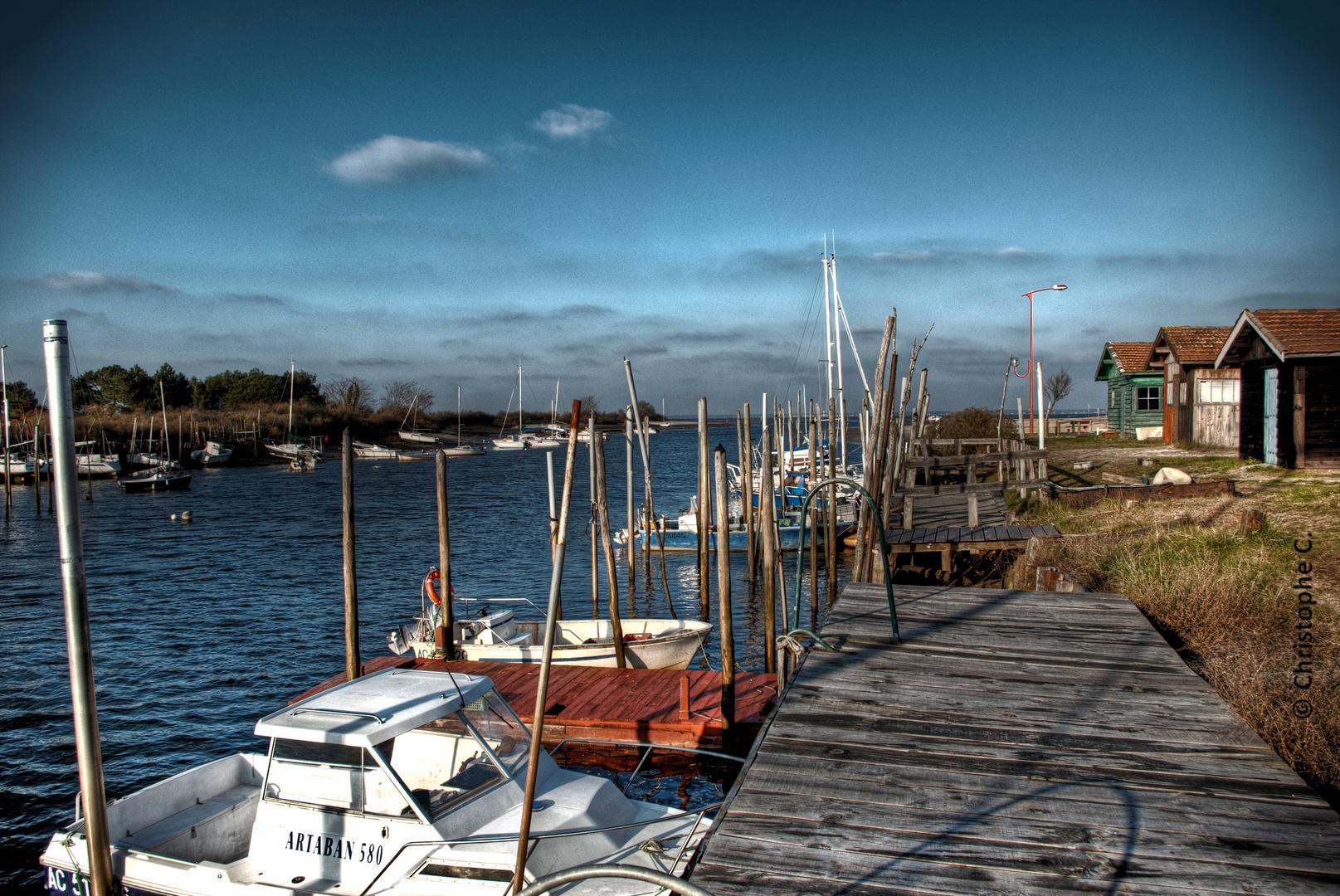 Vue sur le port de La Hume - Bassin d'Arcachon [33]